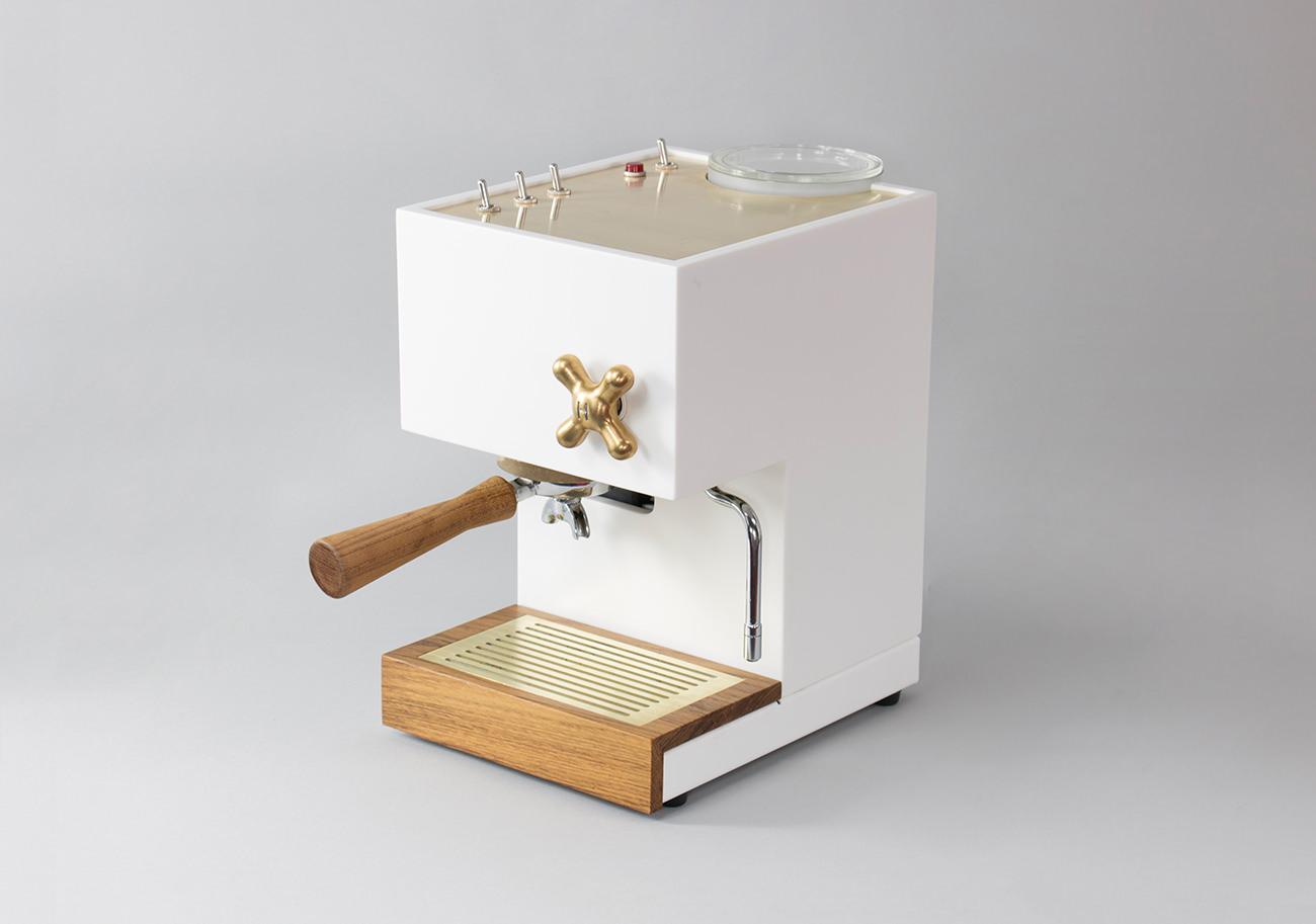 Anza, une machine à café en béton